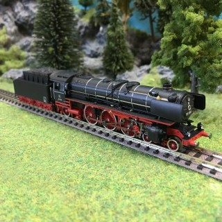 Locomotive 01 202 avec remorqueur digitale son-N 1/160-MINITRIX 16014