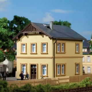 Maison d'employé ferroviaire-HO 1/87-AUHAGEN 11349
