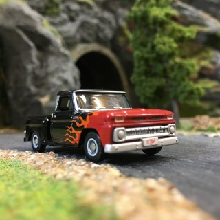 Pick-Up Chevrolet Stepside Kustom 1965-HO-1/87-OXFORD BUSCH 87CP65004