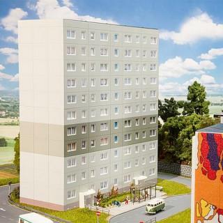 Complément intermédiaire d'immeuble, 2 étages-HO 1/87-FALLER 130802