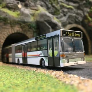 """Bus """"Accordéon"""" Mercedes L4 St Etienne STAS-HO-1/87-RIETZE 69810"""