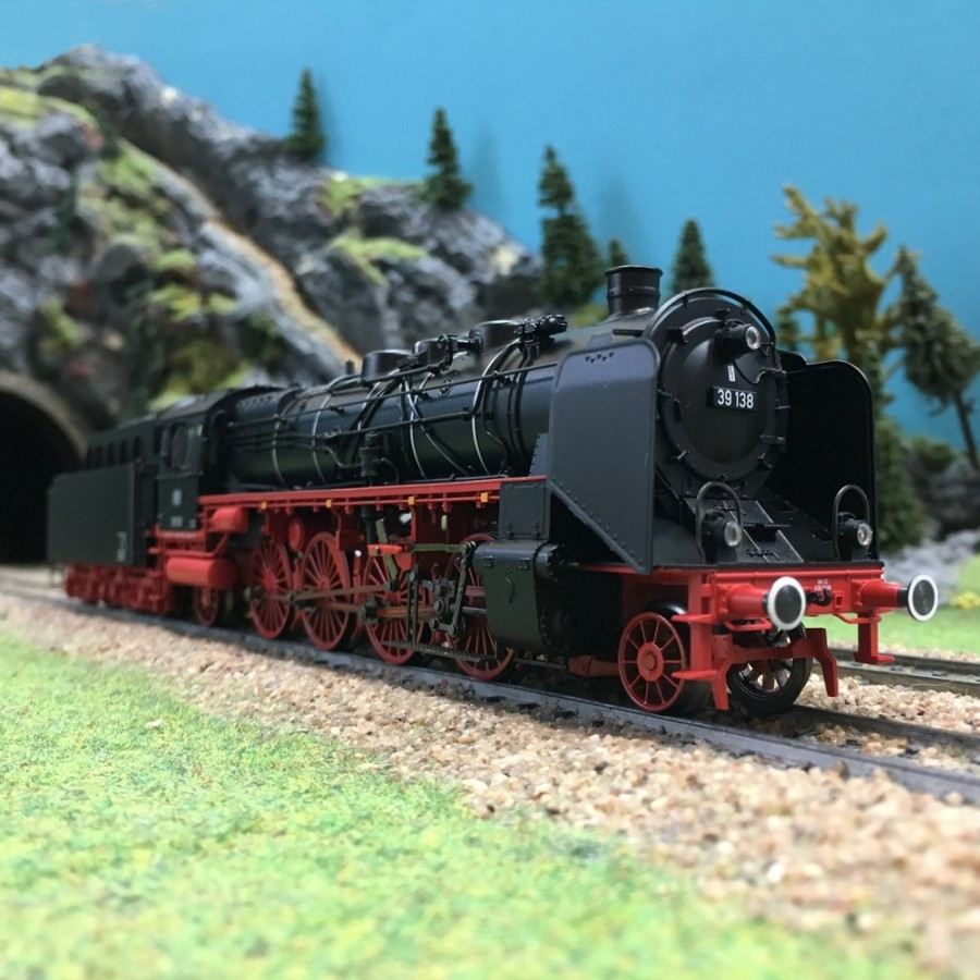 Locomotive BR 39 ép III DB digital son 3R-HO-1/87-MARKLIN 39395