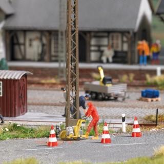 Fraise à asphalte avec ouvrier et accessoires-HO 1/87-BUSCH 7801