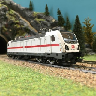 Locomotive E-Lok BR147.5 DB Ep VI-HO 1/87-PIKO 51582