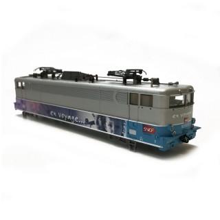"""Caisse BB525257 """"En voyage"""" SNCF-HO 1/87-ROCO 134258"""