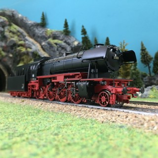 Locomotive BR23 + tender DB digitale son 3R-HO-1/87-MARKLIN 39236