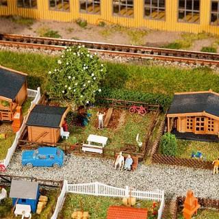 3 petits jardins avec cabanons-N 1/160-FALLER 272550