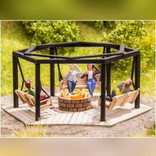 Aire de barbecue avec des balançoires-HO 1/87-NOCH 14369