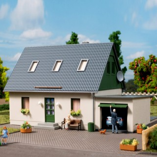 Pavillon avec garage-HO 1/87-AUHAGEN 11454