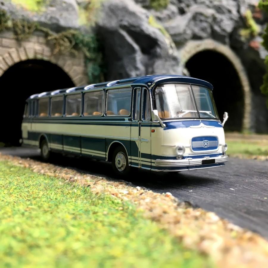 Bus Setra S12 Bleu-HO-1/87-Starline Models 58206