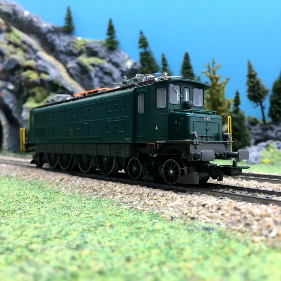 Locomotive Ae 4/7 Ep IV SBB-HO 1/87-PIKO 51782