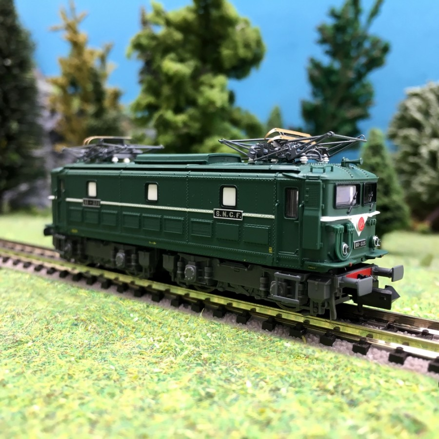 Locomotive BB325 Tours-SP SNCF-N 1/160-HOBBY66 10010