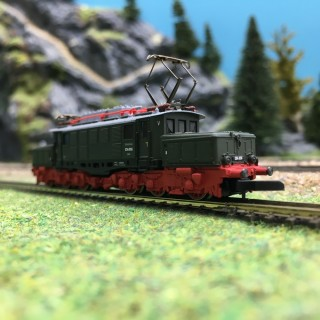 Locomotive E 94 DB-Z 1/220-MARKLIN 88227