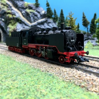 Locomotive BR24 DB Ep III digital son 3R-HO 1/87-MARKLIN 36249