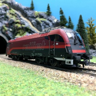 Locomotive 1216 017-4 Railjet ÖBB Ep VI digital son 3R-HO 1/87-ROCO 79248
