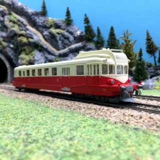 Autorail Renault VH X-2111 Clermont ep III-HO 1/87-REE MB114