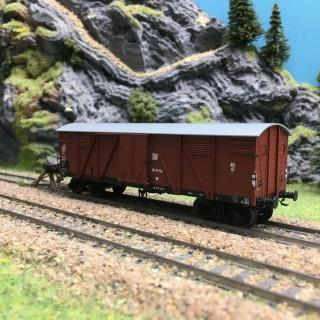 Wagon couvert DR Ep III-HO 1/87-REE WB528