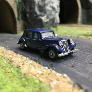 Citroën Traction 11B 1952-HO 1/87-SAI 6102
