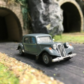 Citroën Traction 11B 1952-HO 1/87-SAI 6103