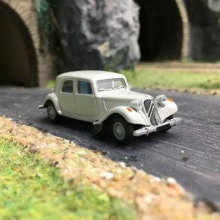 Citroën Traction 11B 1952-HO 1/87-SAI 6104