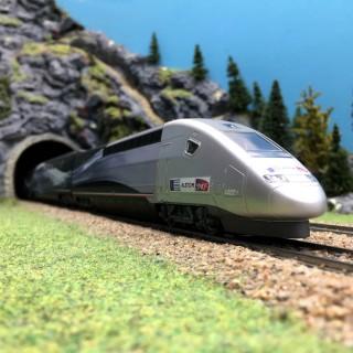 "TGV V150 ""Record du Monde"" SNCF digital sonore 3R -HO-1/87-MARKLIN 37797"