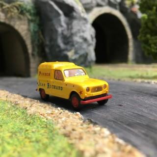 Renault 4L fourgonnette Pinder-HO-1/87-BREKINA 14731