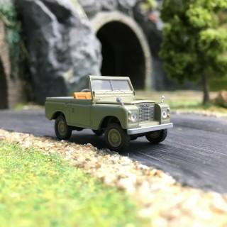 Land Rover '88-HO 1/87-BREKINA 13852