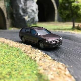 VolksWagen Passat Break Bordeaux Métallisée-HO-1/87-AWM 0769BXM