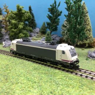 "Locomotive Série 253 ""Operadore"" RENFE Ep VI-N 1/160-ARNOLD HN2444"