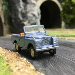 Land Rover '88-HO 1/87-BREKINA 13851