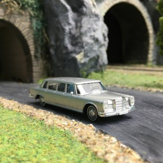 "Mercedes 600 ""Pullman""-HO 1/87-BREKINA 13005"