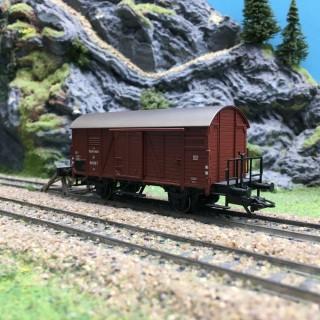 Wagon couvert avec passerelle ÖBB-HO 1/87-MARKLIN DEP64-169