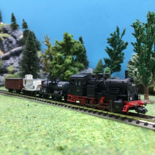 Locomotive BR 92.20 DR + 3 wagons Ep II-N 1/160-MINITRIX 11631