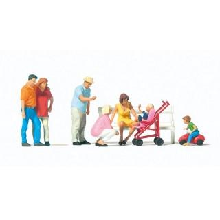 Promenade en famille-HO 1/87-PREISER 10695