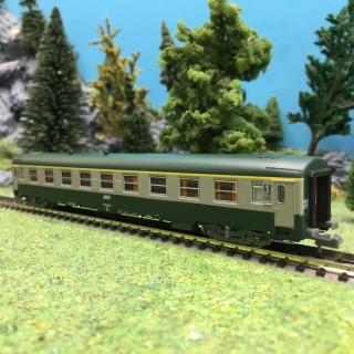 Voiture A9 UIC Ep V SNCF-N 1/160-REE NW147