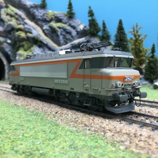 Locomotive BB22241 Marseille Ep IV SNCF 3R-HO 1/87-LSMODELS 10938