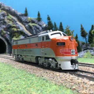 Loco 803 W-Pacific US digital son-HO 1/87-MTH 85-2010-1 DEP65-033