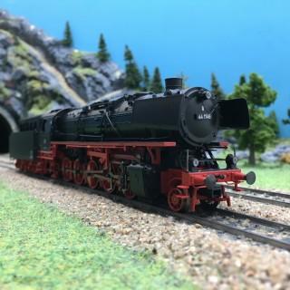 Locomotive BR44 1746 DB Ep III digital son-HO 1/87-TRIX 22983