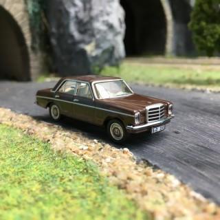 Mercedes W114 1968 Marron-HO 1/87-SCHUCO SCMB8