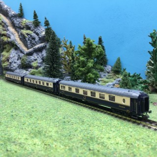 3 voitures Pullman WP WPc CIWL Ep III-N 1/160-LSModels 79176