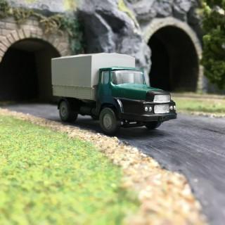 Camion UNIC vert Baché-HO 1/87-SAI 831