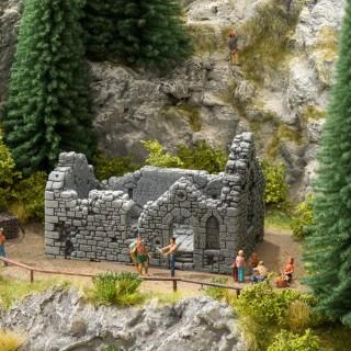 Ruine de chapelle pour décor-HO 1/87-NOCH 58611