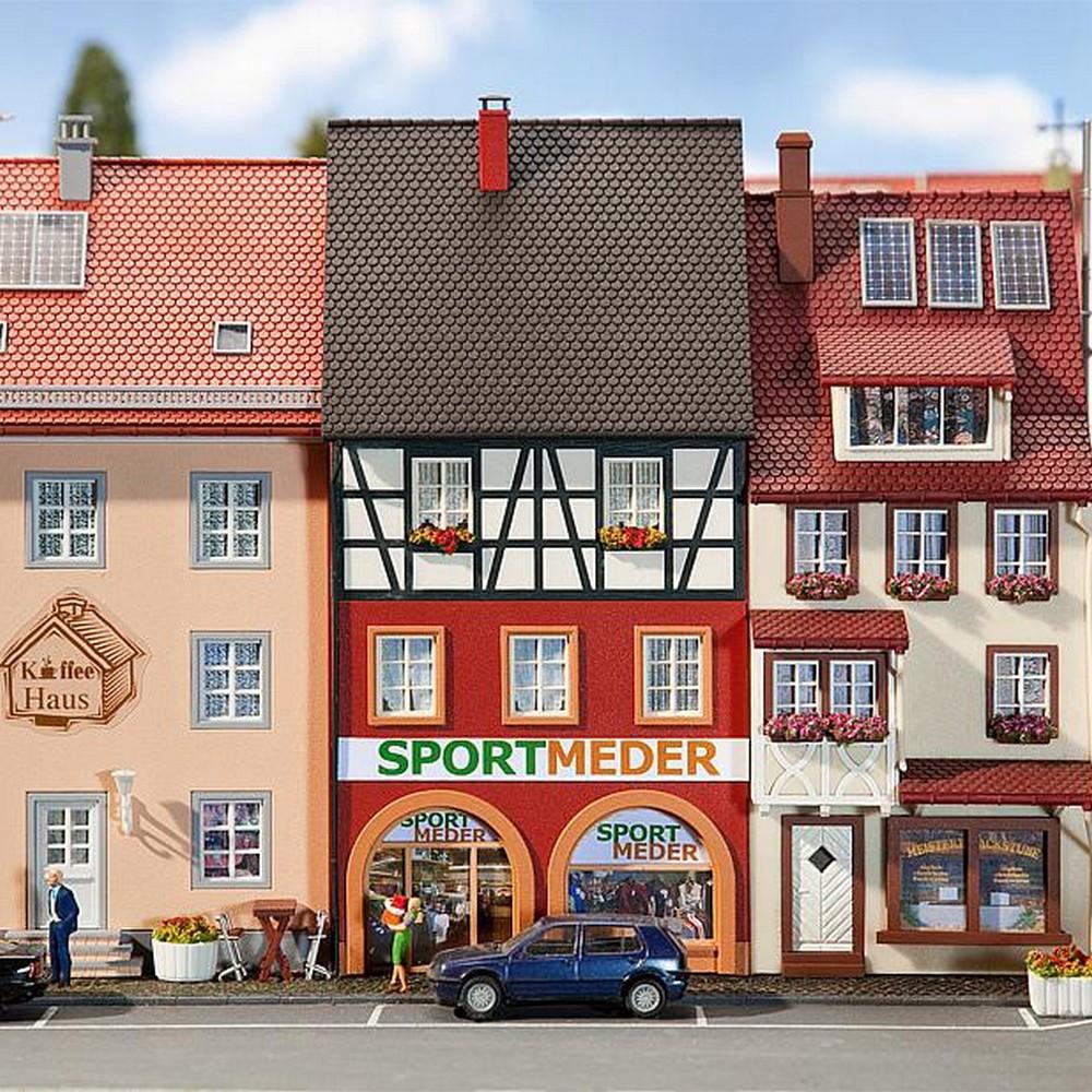 Maison de ville avec magasin de chaussures Faller h0 130706 neuf dans sa boîte NEUF