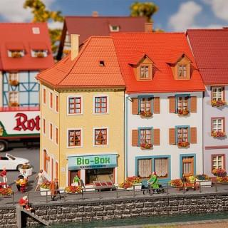2 Maisons de ville jumelées à 2 étages-HO 1/87-FALLER 130496