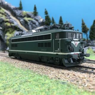 Locomotive BB25528 Dôle SNCF Ep III-HO 1/87-R37 41044