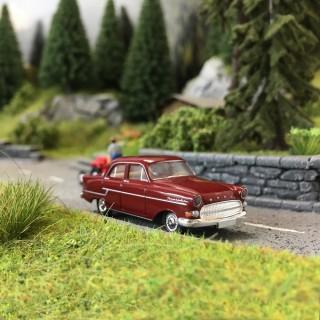Opel Kapitän 1956 Bordeaux-HO 1/87-BREKINA 20883