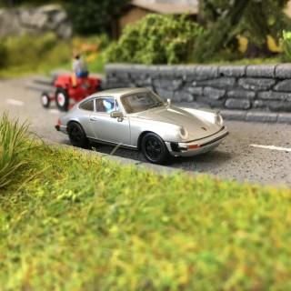 Porsche 911 G 1976 Gris Argent-HO 1/87-BREKINA 16320