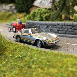 """Porsche 911 Targa G """"Rainbow Polaroid"""" 1976-HO 1/87-BREKINA 16360"""