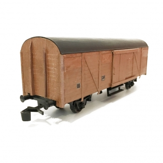 Wagon couvert base Lima, caisse customed-O 1/43-LIMA DEP76-472