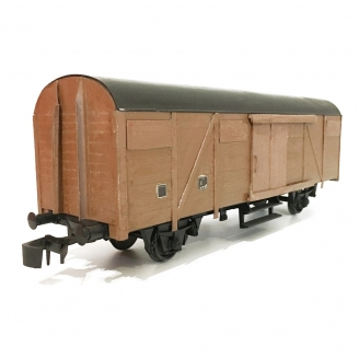 Wagon couvert base Lima, caisse customed-O 1/43-LIMA DEP76-471